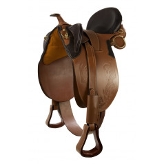 Stock saddle with horn